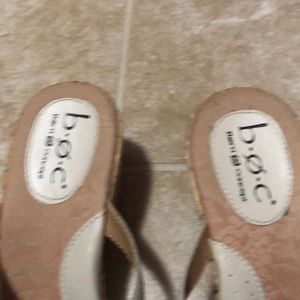 boc Shoes - BOC 👠 wedge sandals tan with flower embellishment
